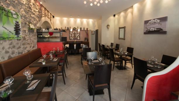 La Cafetière Fêlée Salle du restaurant