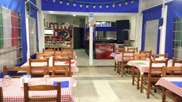 Pizzeria Italia sala