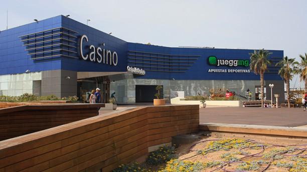 Azar Casino Mediterráneo Alicante Entrada