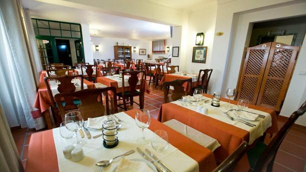 Restaurante Dom Manuel Vista do interior