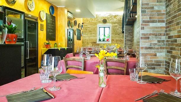 Taverna Quarant8 Vista sala