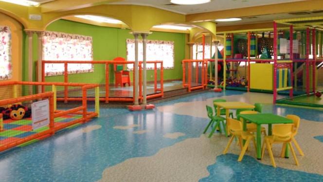 Zona entretenimiento niños - Alejandre, Fuenlabrada