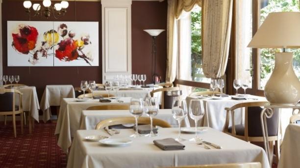 Auberge de Letraz Salle du restaurant