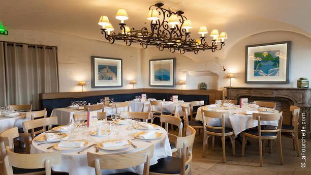 restaurant brasserie le sud lyon 69002 bellecour avis menu et prix. Black Bedroom Furniture Sets. Home Design Ideas