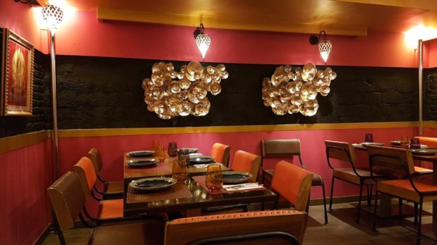 Thai Thai Sala del restaurante