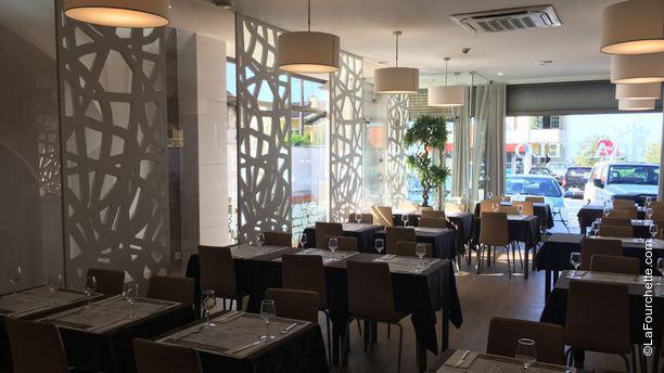 Castelo Restaurante Interior