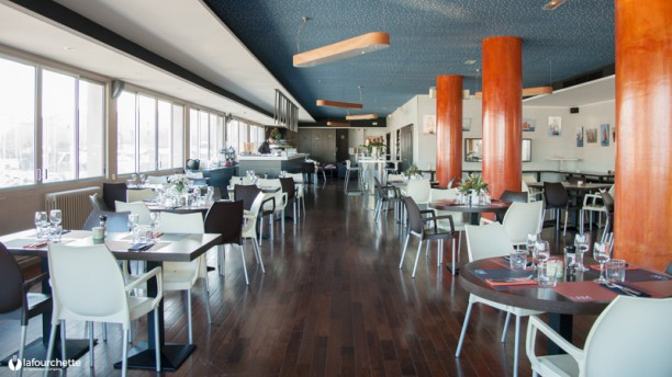 Restaurant de l'UNM Salle du restaurant