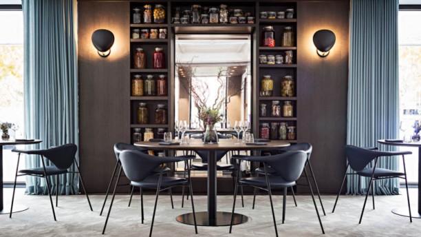 Restaurant copenhague paris 75008 arc de triomphe champs elys es menu avis prix et - Cuisine copenhague ...