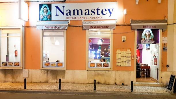 Namastey Restaurante indiano Fachada
