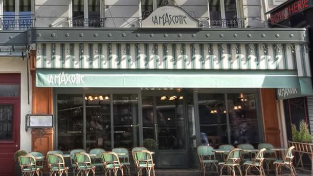 Restaurant la mascotte paris 75018 montmartre menu for Restaurant le miroir rue des martyrs