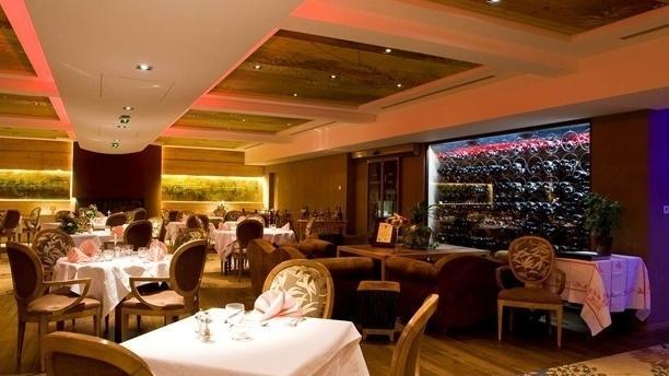 restaurant h tel restaurant au lion d 39 or la petite. Black Bedroom Furniture Sets. Home Design Ideas