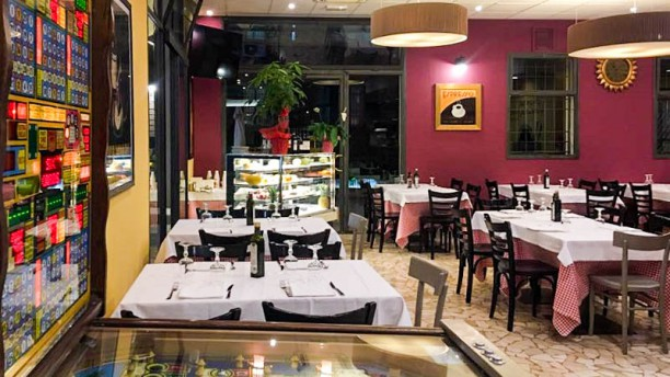 Due Madonne Pizzeria Trattoria Vista sala