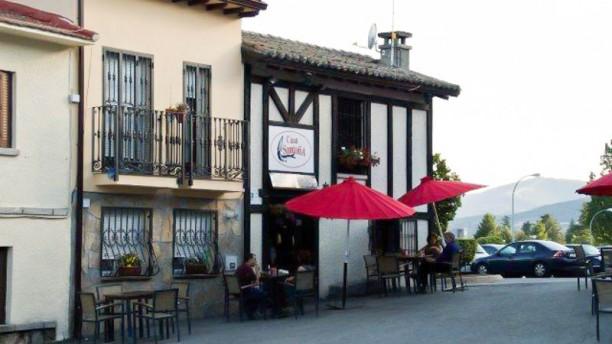 Casa Santoña - Los Molinos Vista entrada