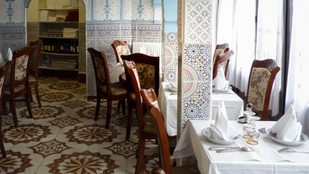 la table du maroc restaurant 73 grande rue 91290 arpajon adresse horaire. Black Bedroom Furniture Sets. Home Design Ideas
