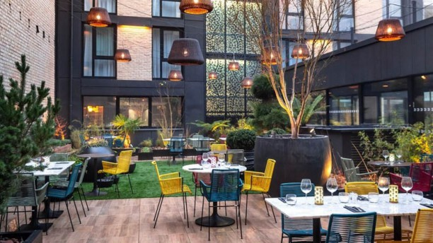 The Garden's Lounge Terrasse