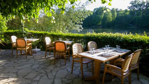 L 39 anneau de mallarm restaurant clos mallarm 77870 - Petit jardin restaurant vitry sur seine ...