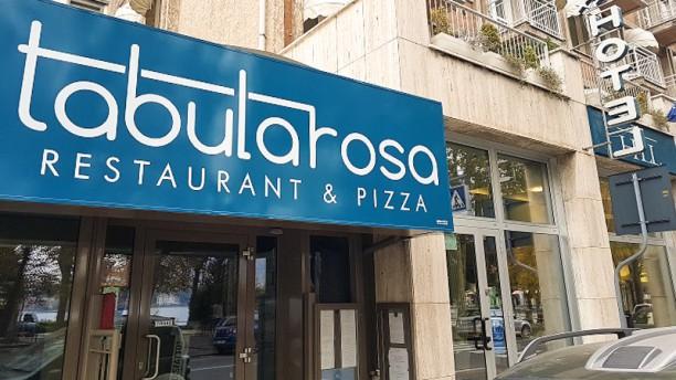 Tabula Rosa Restaurant & Pizza Esterno