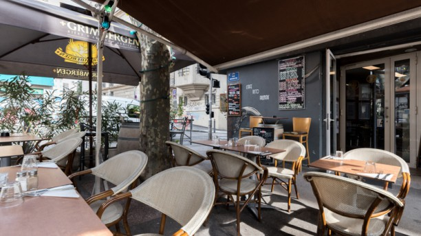 Couleur Café Vue de la terrasse