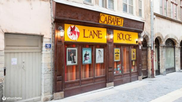Cabaret L'Âne Rouge - Dîner Spectacle Façade du restaurant