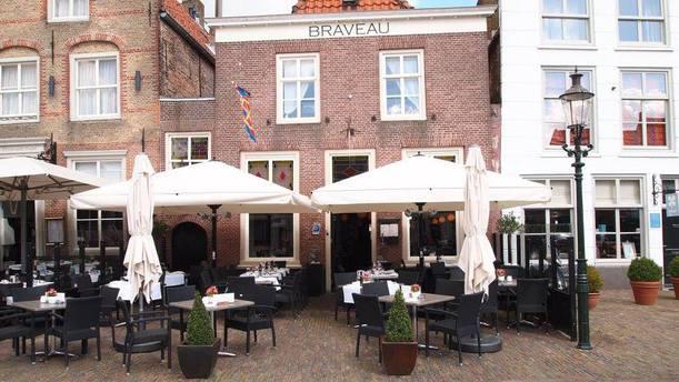 Braveau Bar & Kitchen Terras