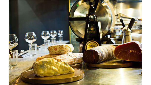Il Cuoco Galante assiette de charcuterie italienne