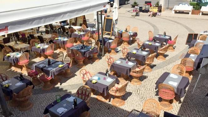 Italia ristorante italiano a Ferragudo in Portogallo