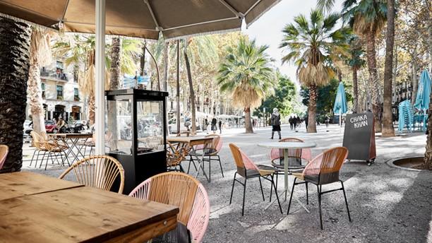 Chaka Khan In Barcelona Restaurant Reviews Menu And