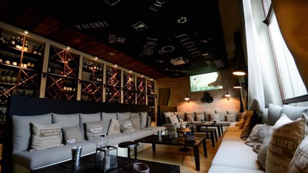 Factory Wine Bar Vista sala