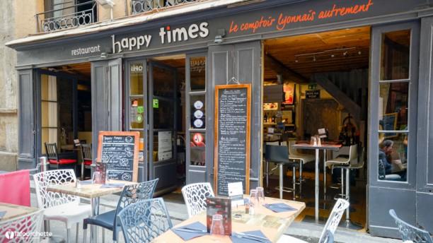 Happy Times Le Comptoir Lyonnais Autrement Devanture