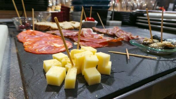 Beershop06 Plateau Mixte ( fromage, charcuteries, antipastis)