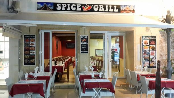 Spice Grill Entrada