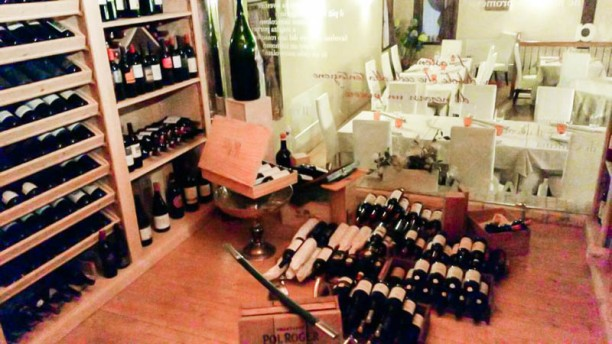 La Tavernetta La bottega dei vini
