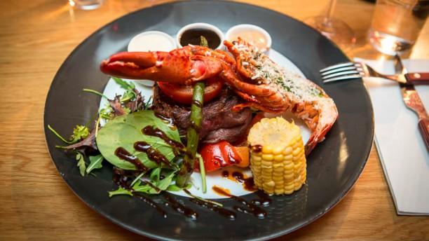 Barbord Kok Och Bar : Dollys kok och bar i Stockholm  Restaurangens meny, oppettider