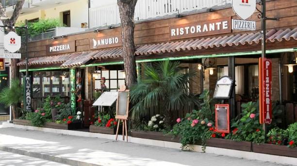 Ristorante Pizzeria Danubio esterno