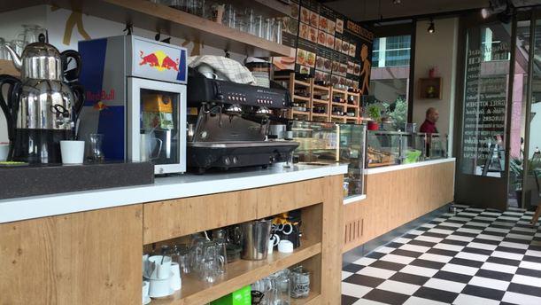 Street Kitchen Restaurant