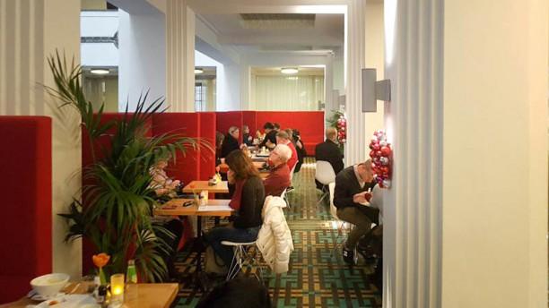 Cafe de Bazel Het restaurant