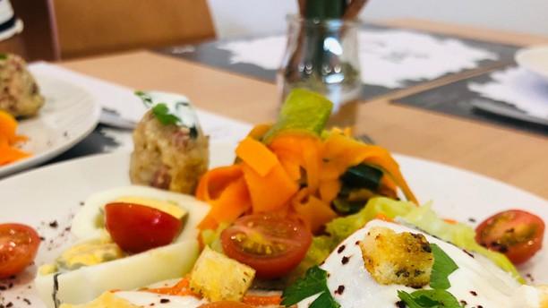 Restaurante Sal e Canela Pescada com legumes cozidos