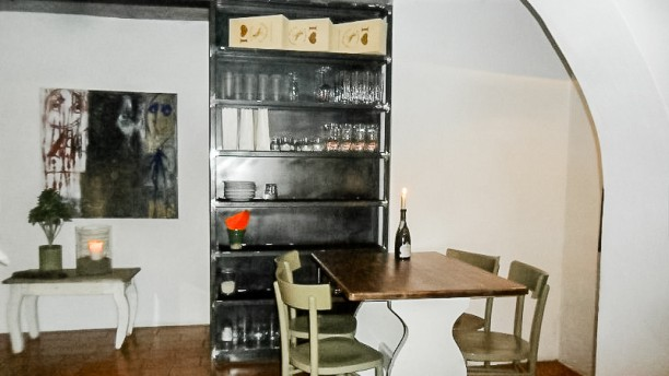 Cantina del Saltapicchio wine bar Interno