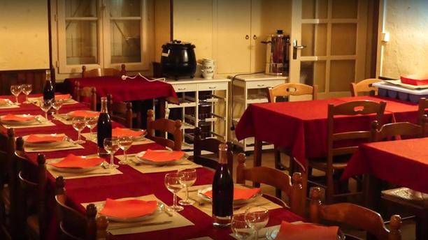 Le Saint Sulpice Salle du restaurant