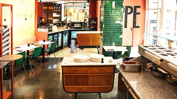 Pizza Beppe Nassaukade Het restaurant