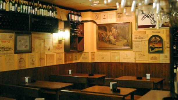 Restaurante vinoteca la marina en salinas castrill n - Corcho proyectado opiniones ...