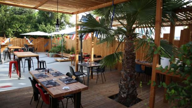 Pro Race Café Terrasse