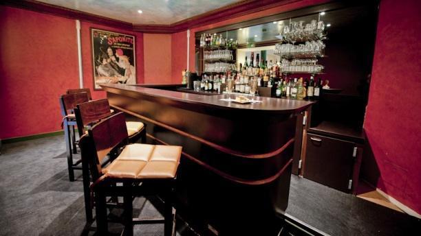 Restaurant la table des mar chaux h tel napol on fontainebleau 77300 avis menu et prix - Table des marechaux fontainebleau ...