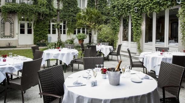 Restaurant la table des mar chaux h tel napol on fontainebleau sur lafourchette avis menu - Restaurant la table des delices grignan ...