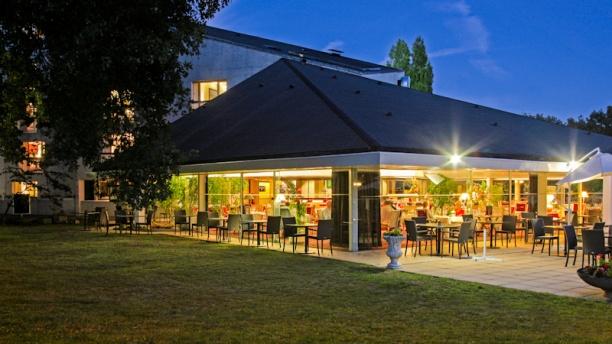 Best western restaurant le bois de la marche restaurant for Restaurant de la cuisine au jardin