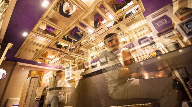 Vintage life & food in Barcelona - Restaurant Reviews, Menu and ...