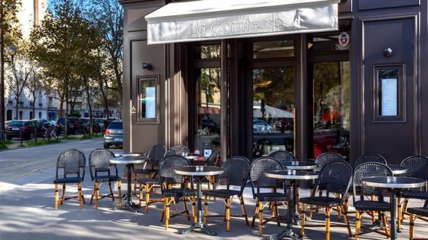 Café La Comtesse Terrasse
