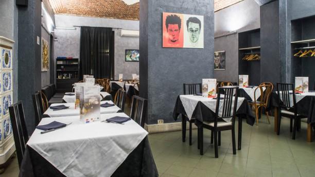 L'Antagonista Salone ristorante