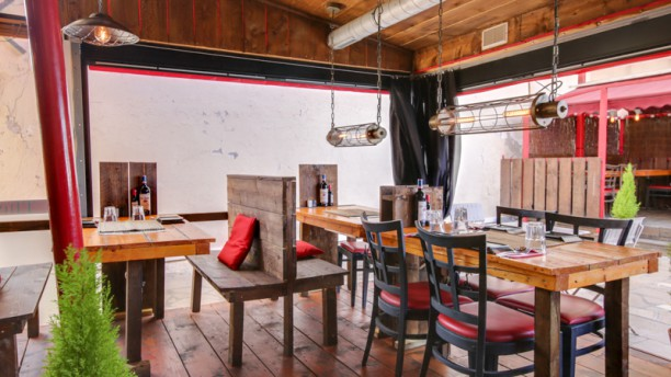 The Red Barn in Toulon - Restaurant Reviews, Menu and Prices