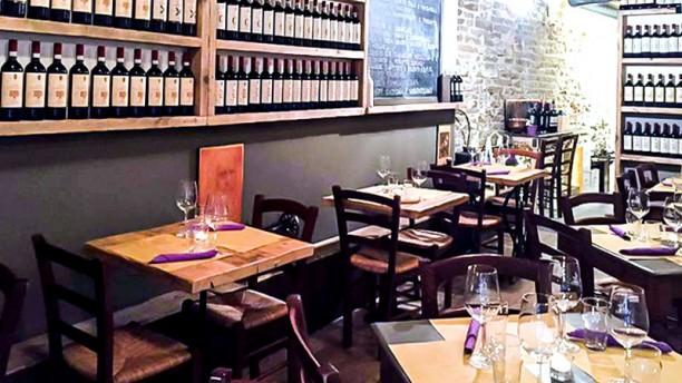 https://u.tfstatic.com/restaurant_photos/390/78390/169/612/bistrot-3-tavoli-la-sala-31c53.jpg